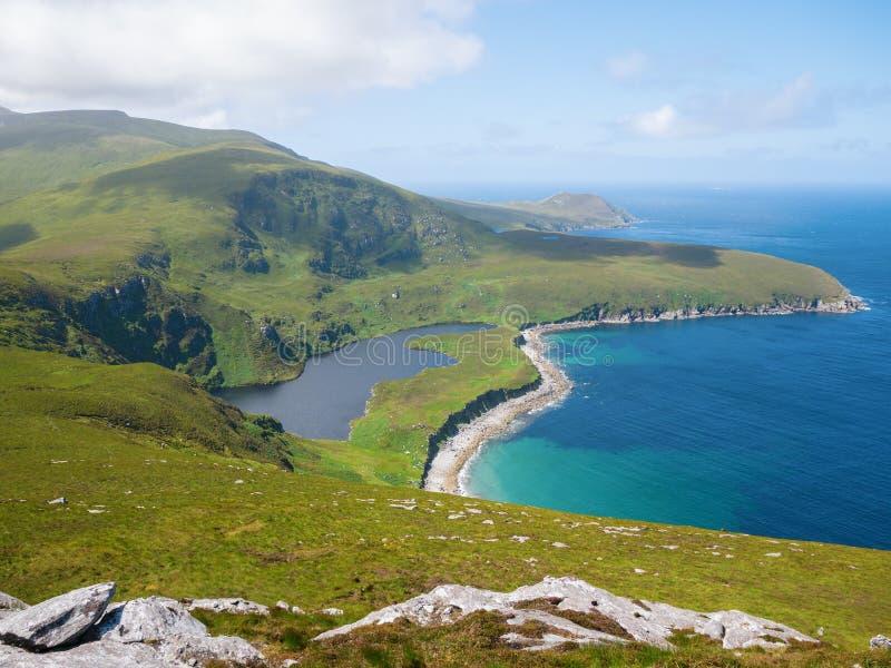 Linea costiera nordica sull'isola di Achill, Irlanda immagine stock