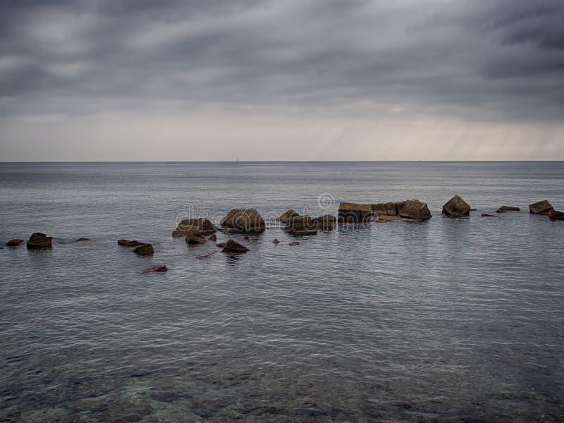 Linea costiera in Ortigia immagini stock libere da diritti