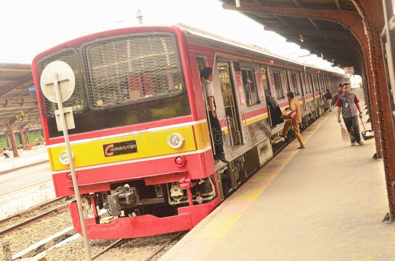 Linea del pendolare di Jakarta a Jakarta Kota Railway Station fotografia stock libera da diritti