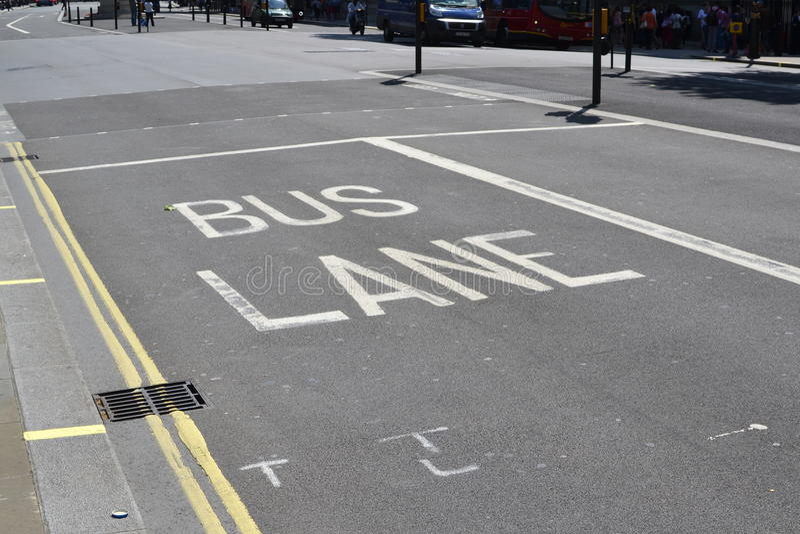 Linea di autobus, Londra fotografie stock