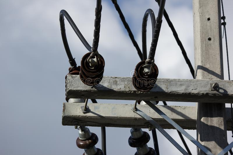 Linea di Eletricity del primo piano e posta di elettricità immagine stock libera da diritti