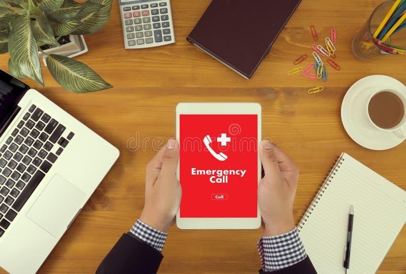 Linea diretta accidentale urgente di servizio della call center di emergenza medica immagini stock libere da diritti