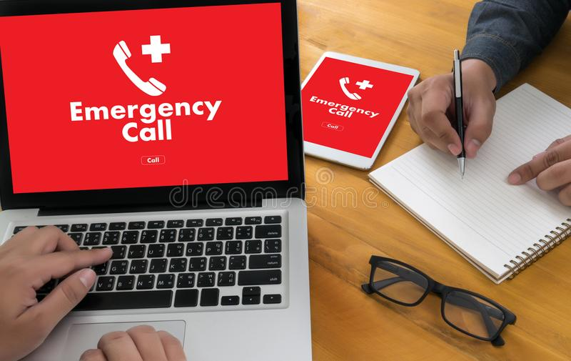 Linea diretta accidentale urgente di servizio della call center di emergenza medica immagini stock