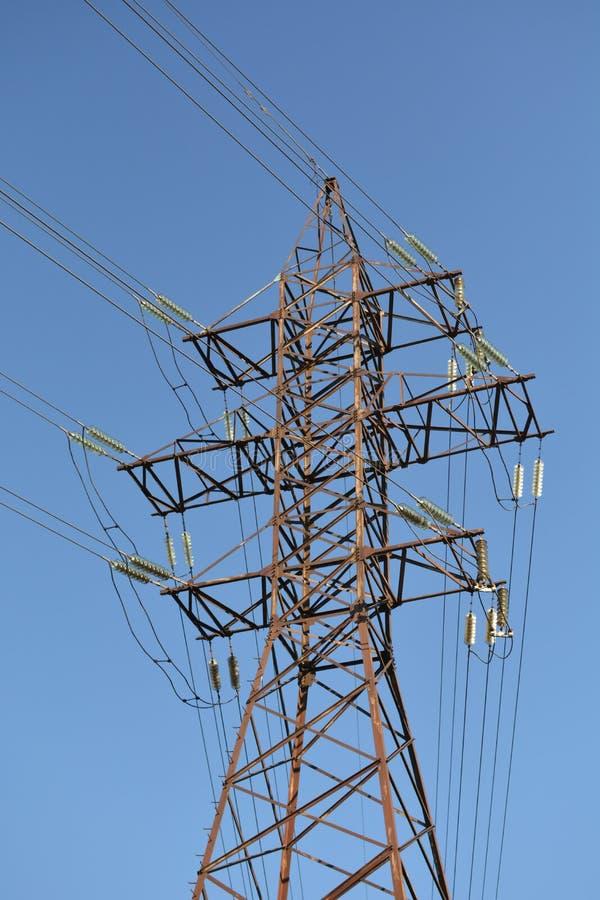 Linea elettrica ad alta tensione pilone immagine stock libera da diritti