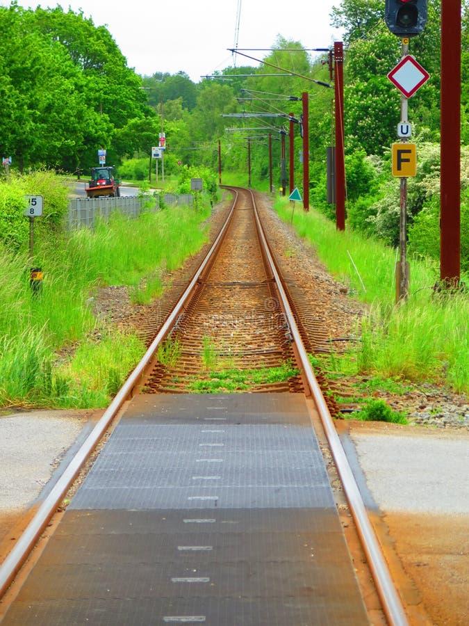 Linea ferroviaria locale in Danimarca del sud fotografia stock libera da diritti