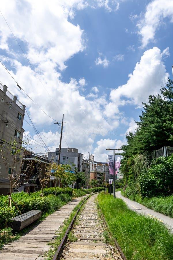 Linea parco di Gyeongchun della ferrovia fotografia stock libera da diritti