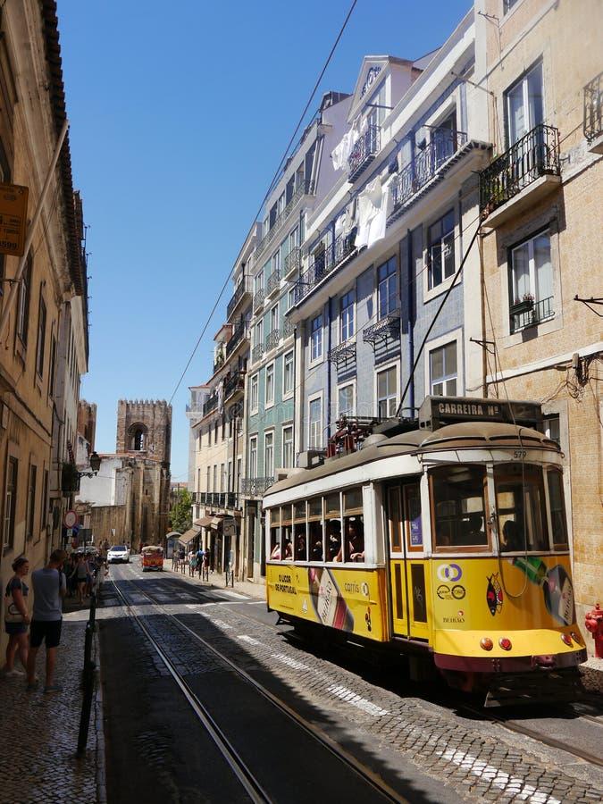 Linea tranviaria a Lisbona fotografia stock