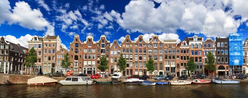 Lineair panoramisch kanaal royalty-vrije stock afbeeldingen
