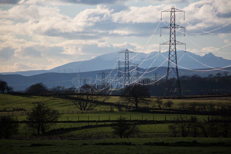 Linee elettriche, Paisley, Scozia, Regno Unito immagini stock