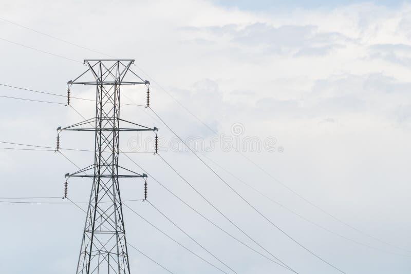 Linee elettriche torretta fotografie stock libere da diritti
