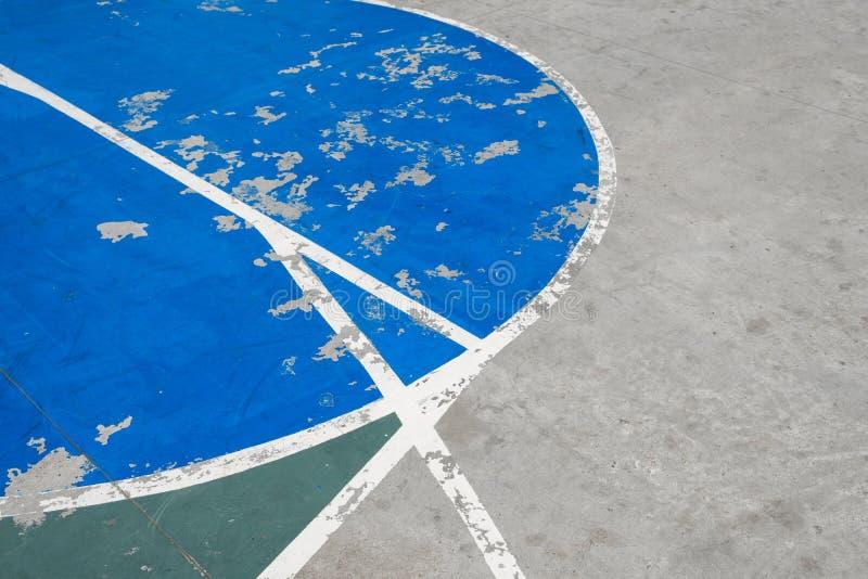 Linee sul campo da pallacanestro concreto - backgr dell'estratto del campo di sport fotografie stock libere da diritti