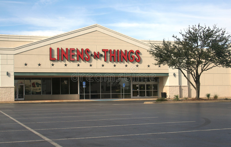 Download Linens 'n Things editorial stock photo. Image of store - 7597758