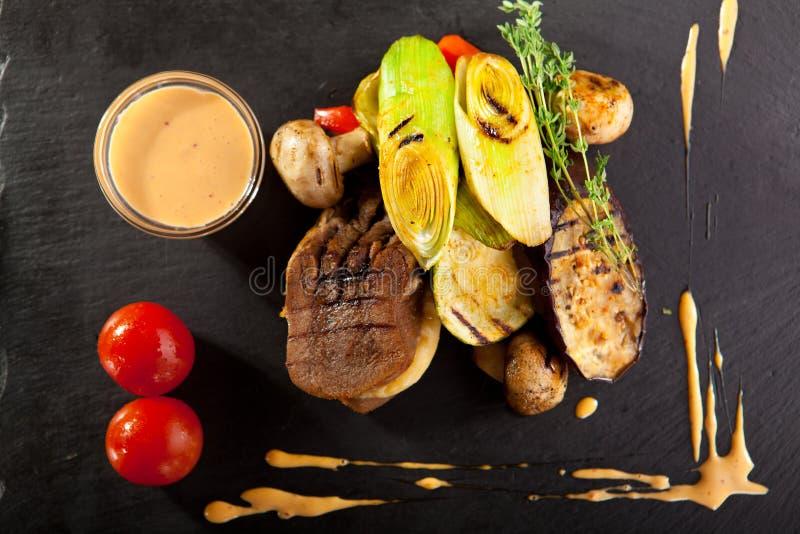Lingüeta de carne cozida fotografia de stock