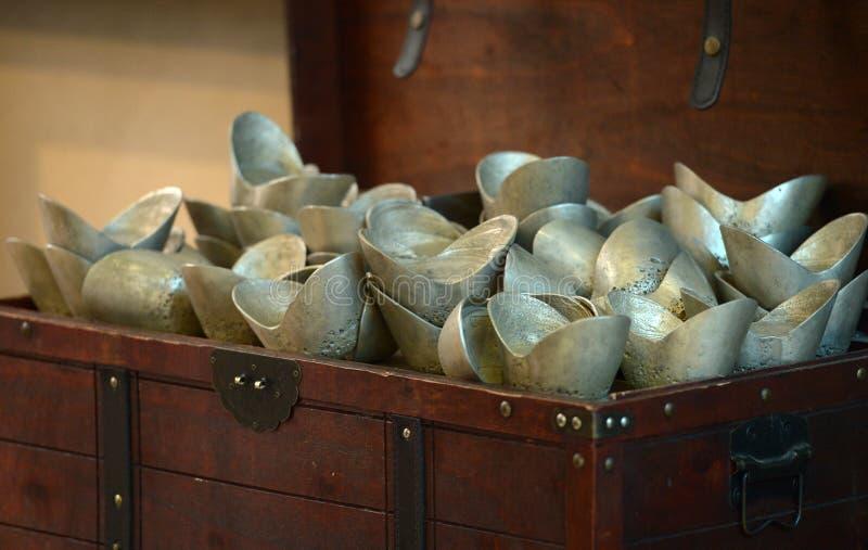 """Lingotti dell'argento del †antico cinese dei soldi"""" fotografie stock libere da diritti"""