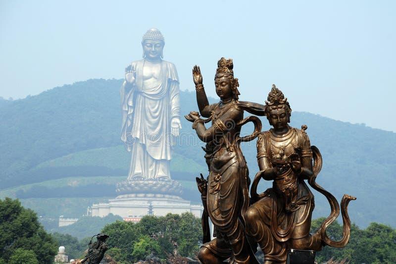 Lingshan tusen dollarBuddha royaltyfria bilder
