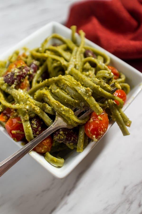 Linguine Alla Pesto fotos de stock
