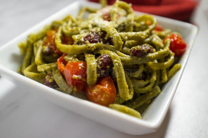 Linguine Alla Pesto foto de stock