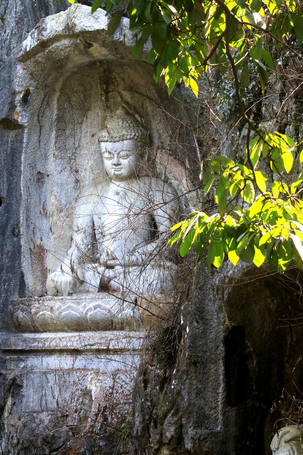 Lingyin temple klippe buddhist grottoes statues stock image