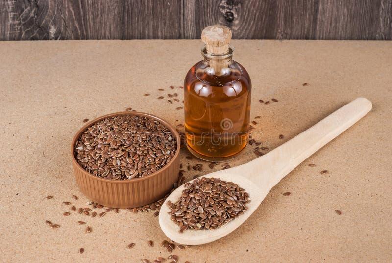 Linhaça das sementes de linho para impedir doenças e controlar o excesso de peso fotos de stock royalty free