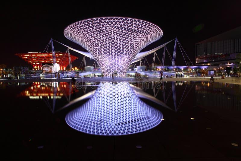 Linha central da expo na noite fotografia de stock