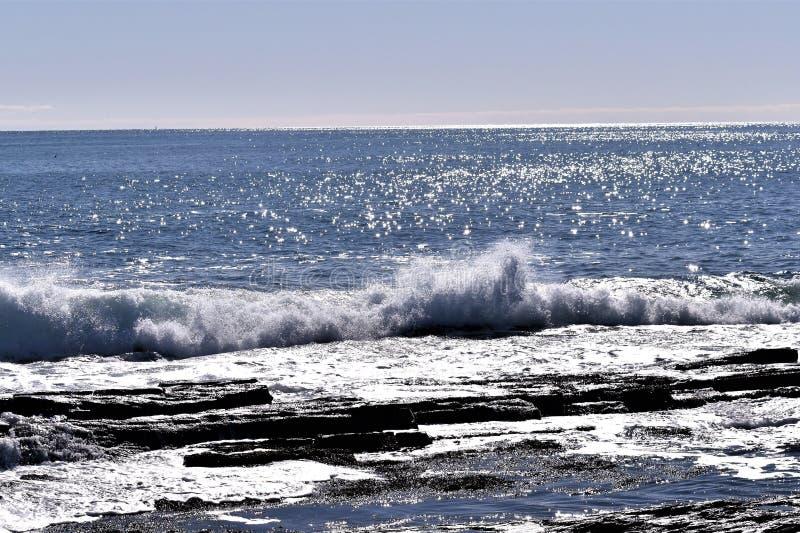 A linha costeira rochosa de Elizabeth do cabo no cabo Elizabeth, o Condado de Cumberland, Maine, Nova Inglaterra, E.U. fotografia de stock