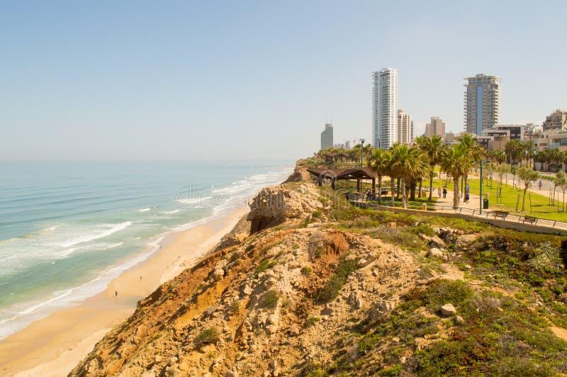 Linha da costa de Netanya fotos de stock