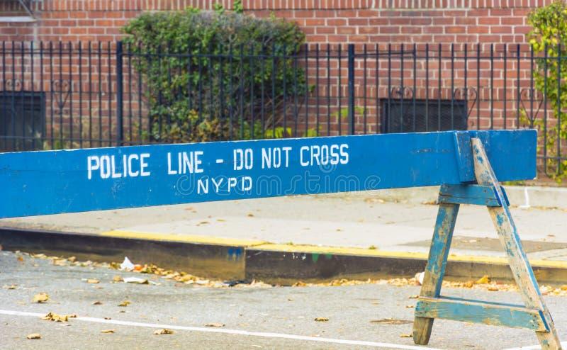 Linha de polícia em New York imagens de stock