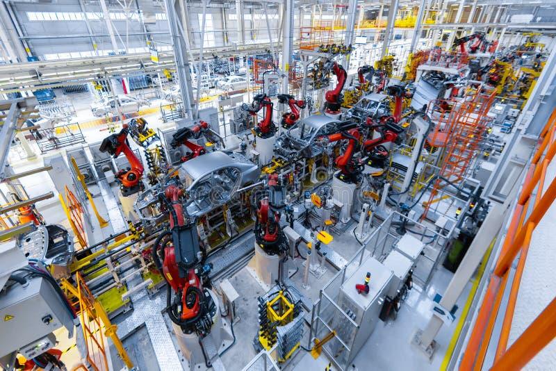 Linha de produção automotivo Corpo de carro da soldadura Planta de conjunto moderna do carro imagem de stock