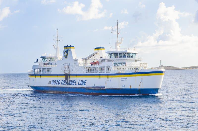 Linha ferryboat do canal de Gozo, Malta imagens de stock