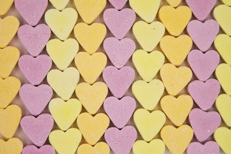 Linhas de corações dos doces