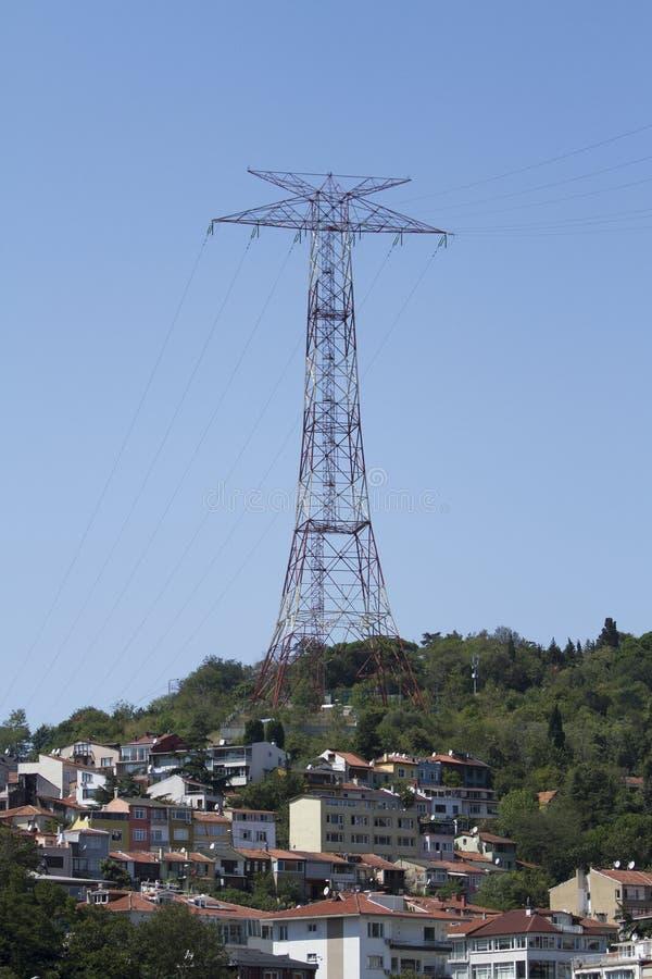 Linhas de transmissão da energia eléctrica fotos de stock royalty free