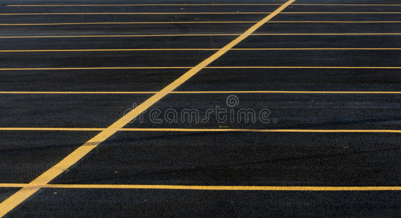 Linhas do lote de estacionamento foto de stock royalty free