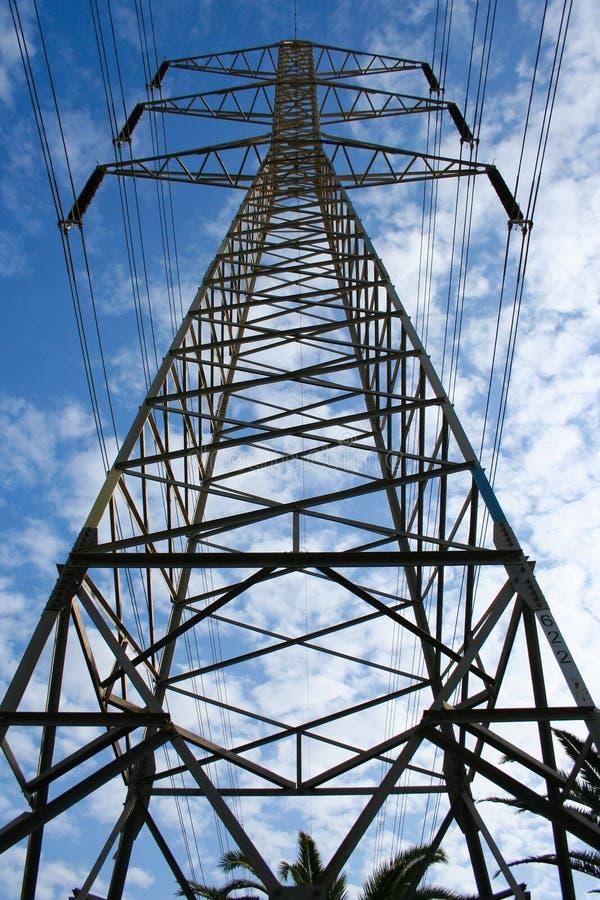 Download Linhas Eléctricas De Alta Tensão Imagem de Stock - Imagem de atual, pólo: 12807391