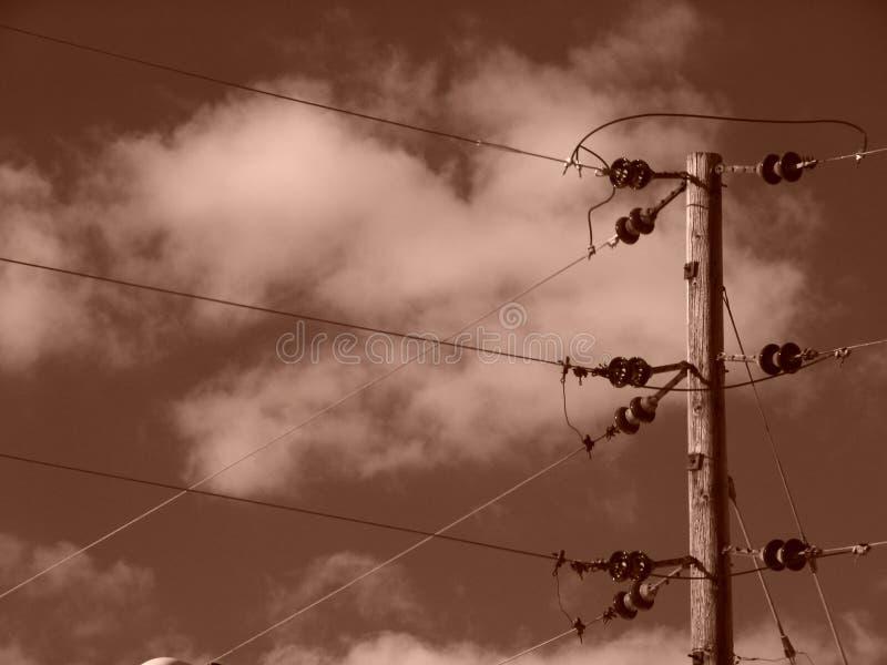 Download Linhas Eléctricas Do Sepia Com Nuvens Imagem de Stock - Imagem de pólo, nuvens: 107971