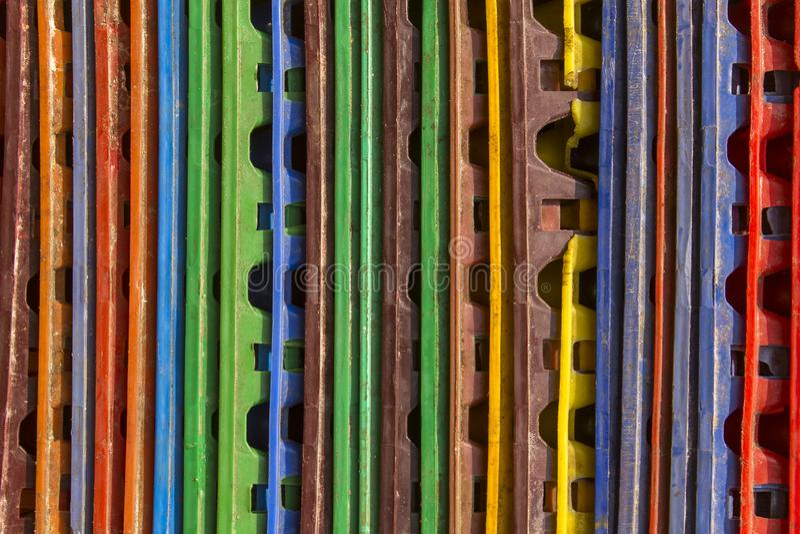 Linhas verticais multi-coloridas brilhantes Textura da superf?cie ?spera fotografia de stock
