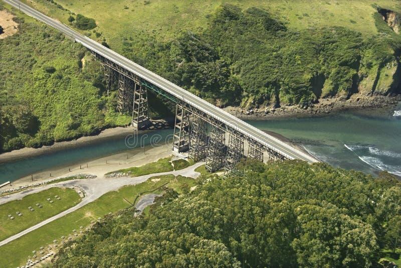 linia brzegowa autostrady bridge zdjęcie stock