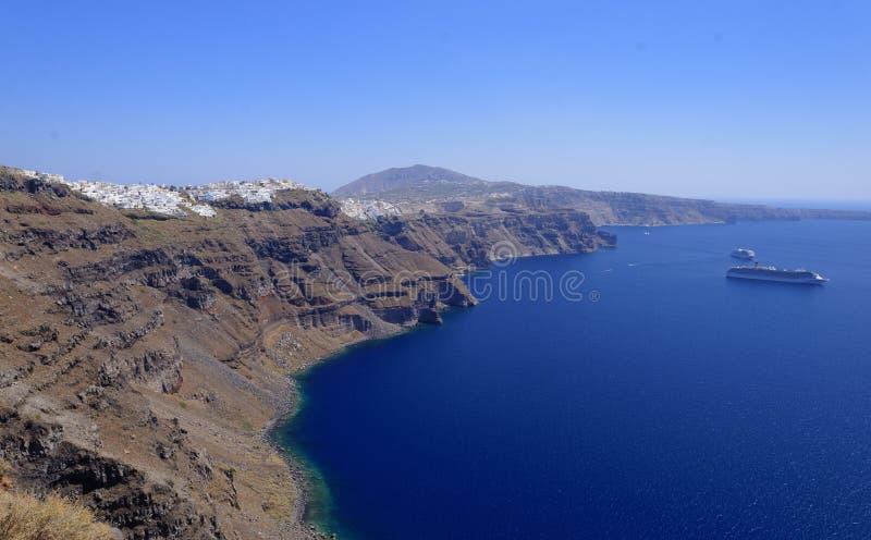 Linia brzegowa Santorini wyspa fotografia stock
