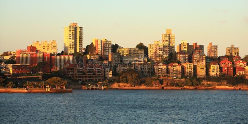 Linia horyzontu Kirribilli w Sydney przy zmierzchem zdjęcia royalty free