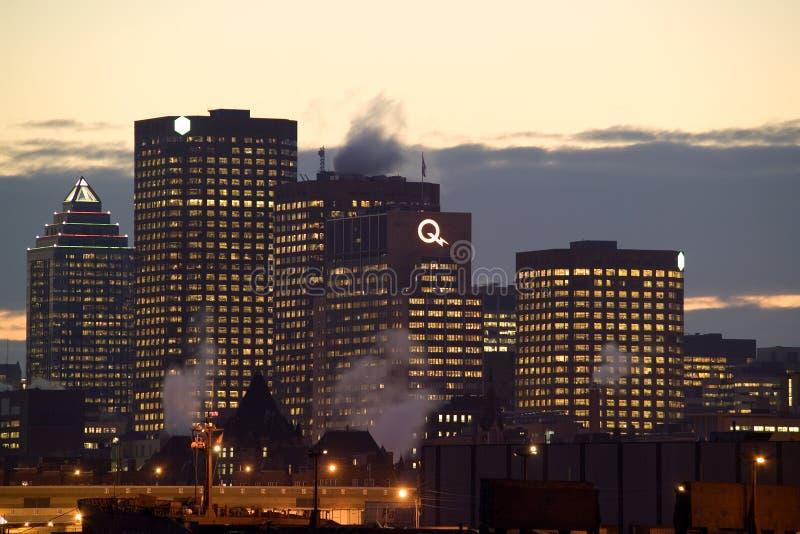 Linia horyzontu Montreal śródmieście przy nocą fotografia stock