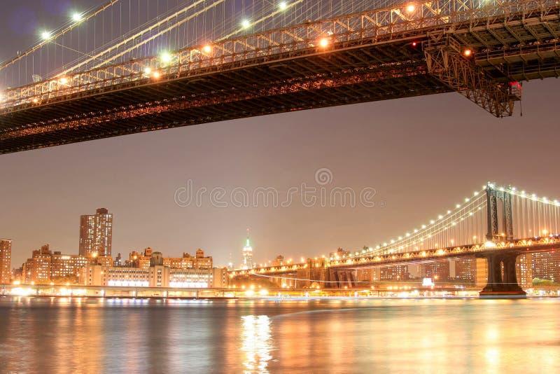 linia horyzontu nocy manhattan obraz stock