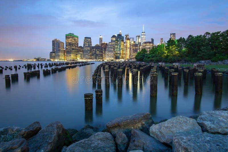 Linia horyzontu Nowy Jork t?sk ekspozycja zdjęcia royalty free
