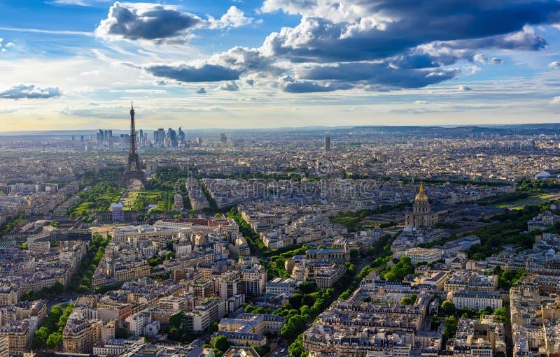 Linia horyzontu Paryż z wieżą eifla w Paryż zdjęcie stock