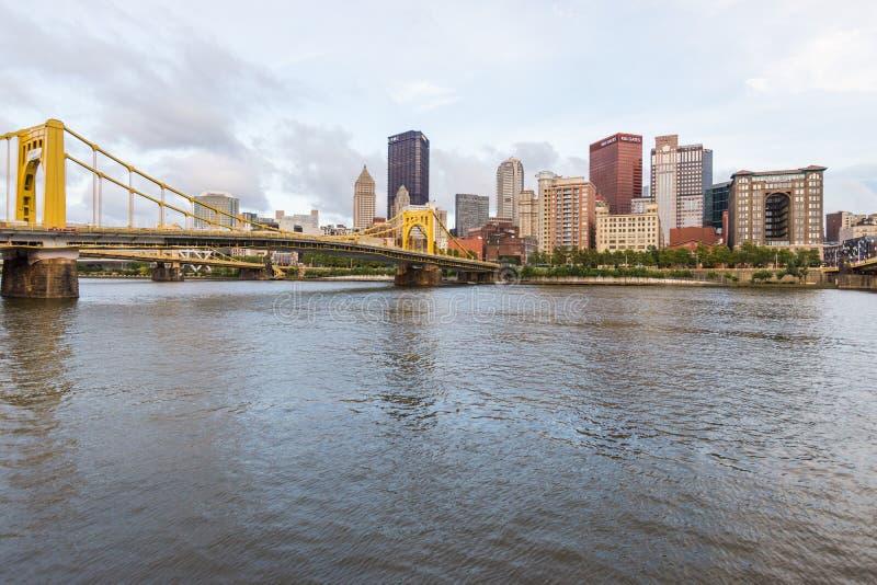 Linia horyzontu Pittsburgh, Pennsylwania fron Allegheny Desantowi acros fotografia royalty free