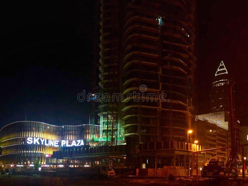 Linia horyzontu placu centrum handlowe w Frankfurt magistrala - Am - fotografia stock
