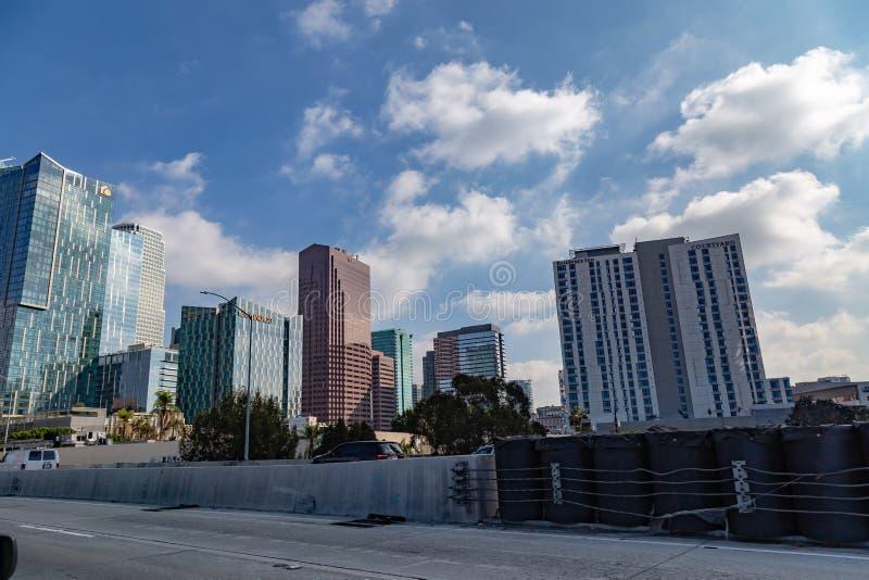 Linia horyzontu pokazuje w centrum budynki Los Angeles Kalifornia zdjęcie royalty free