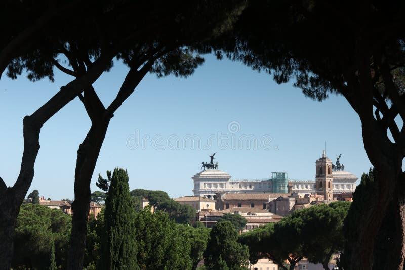 Linia horyzontu Rzym od Aventine wzgórza obrazy stock
