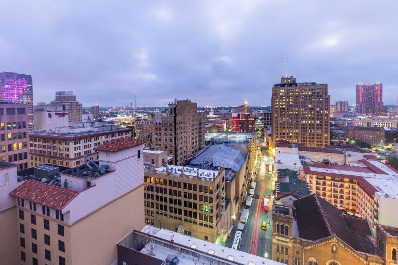 Linia horyzontu San Antonio Teksas przyglądający śródmieście od above rzeki W zdjęcie royalty free