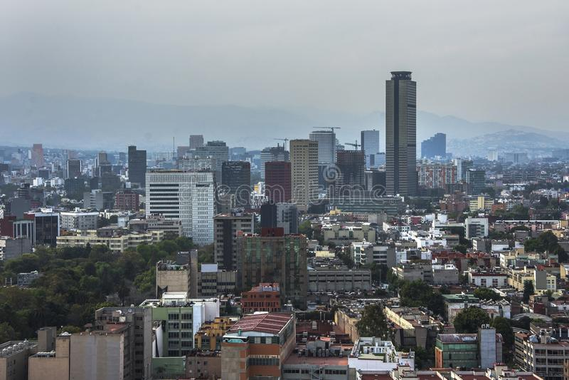 Linia horyzontu w Meksyk, Reforma widok z lotu ptaka przy zmierzchu czasem zdjęcia stock