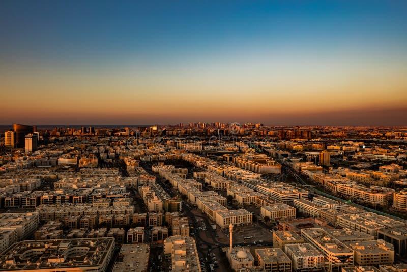 Linia horyzontu widok Deira Dubaj, UAE i Sharjah, zdjęcie royalty free