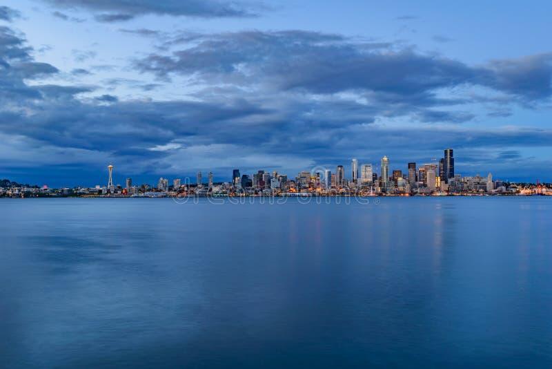 linia horyzontu zmierzchu Seattle fotografia stock